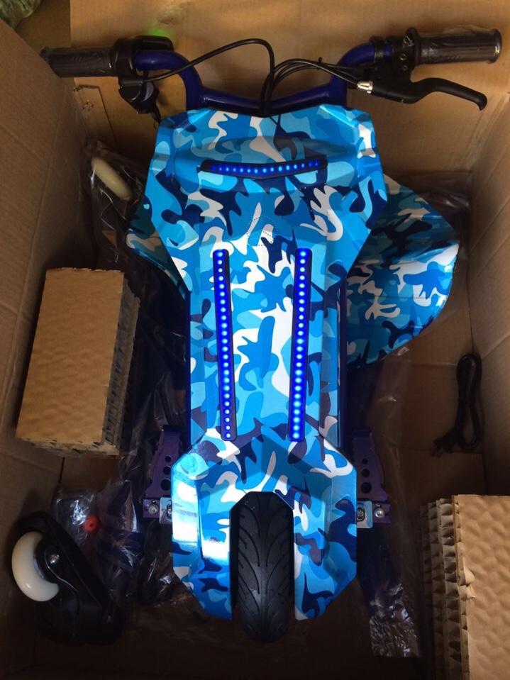 vân xanh bluetooth xe điện 3 bánh
