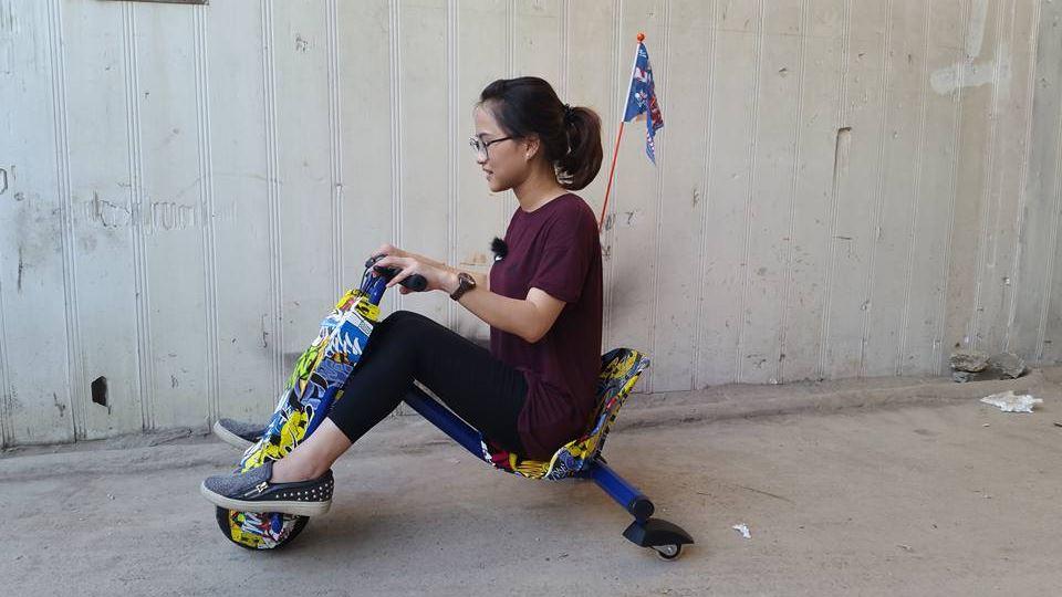 mô tả xe điện 3 bánhdrift scooter