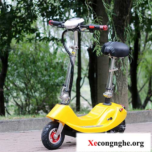xe-may-dien-mini-scooter-mau-vang