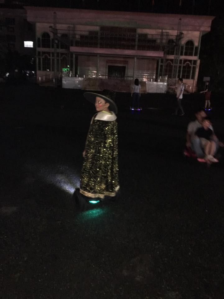 hóa trang halloween xe điện cân bằng hoverboard