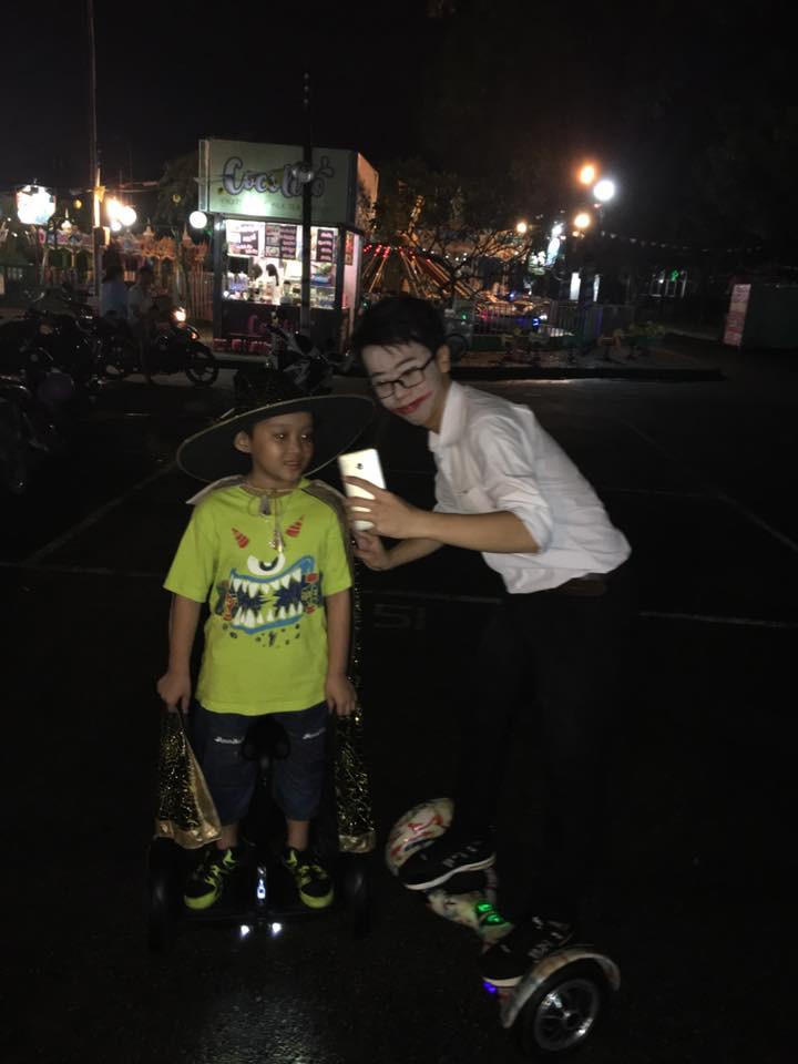 halloween xe điện cân bằng 2 bánh hoverboard tự sướng